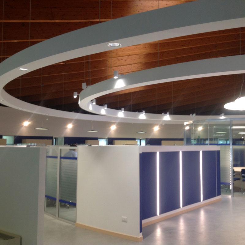 Ristrutturazione filiale bancaria a Modena